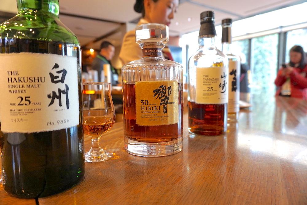 サントリーウイスキーの種類12銘柄を徹底比較!味や価格についても!